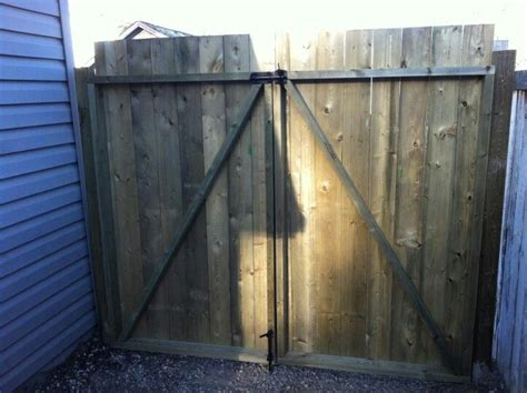 how to build a double swing wooden gate how to build a double swing wood gate woodworking