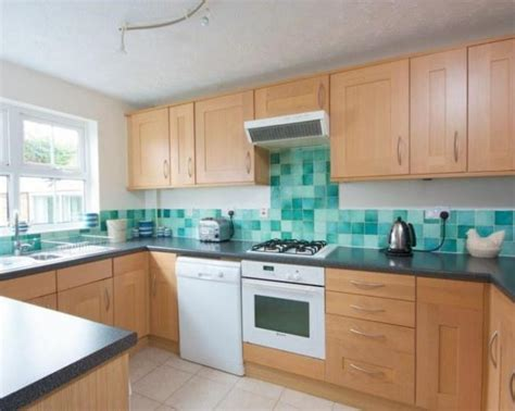 kitchen tiled splashback ideas green turquoise design ideas photos inspiration