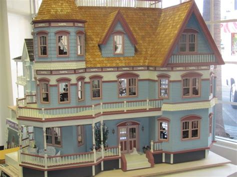 queen anne dolls house 17 best images about miniature dollhouses on pinterest