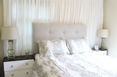 Headboard Canvas by The 25 Best Ideas About Canvas Headboard On