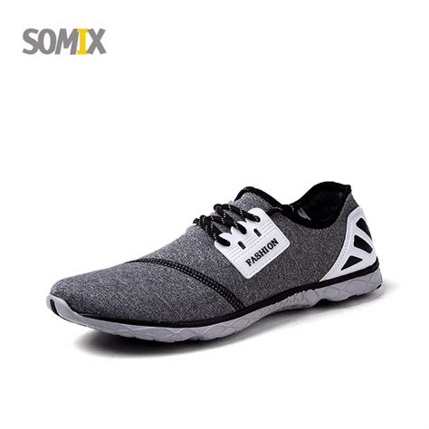 how to buy athletic shoes how to stretch running shoes 28 images buy stretch