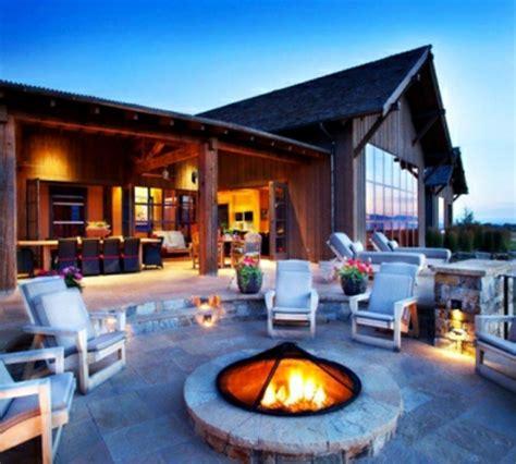 Moderne Feuerstelle by Moderne Terrasse Gestalten Nachhaltige Gartenm 246 Bel