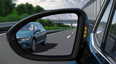 side assist technology  volkswagen cars