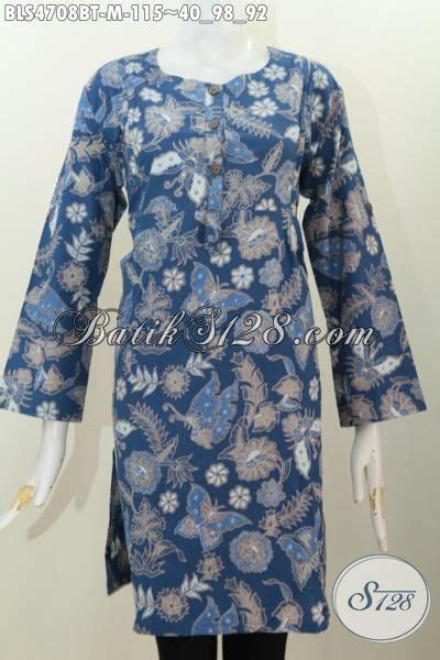 Kain Batik Halus Motif Kupu Ranting Biru Bahan Batik Pekalongan baju batik istimewa dasar biru dengan motif kupu dan bunga