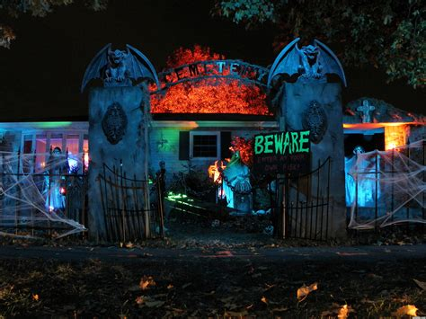 halloween haunted houses haunted house picture by secretsather for halloween shots photography contest
