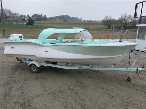 old fiberglass boats peterson brothers model 820 fiberglass boat 17 long