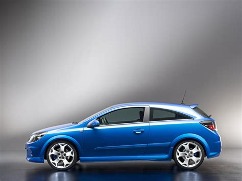 opel astra opc 2005 opel astra opc 2005 car blue view nice