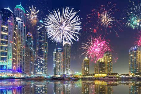 year  fireworks  dubai uae latest   uae
