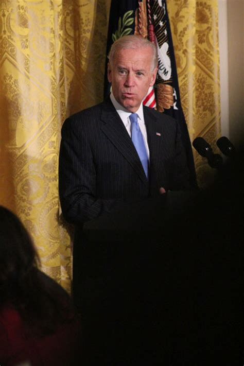 joe biden reflects on immense grief after loss abc news biden suicide admission vice president reflects on death