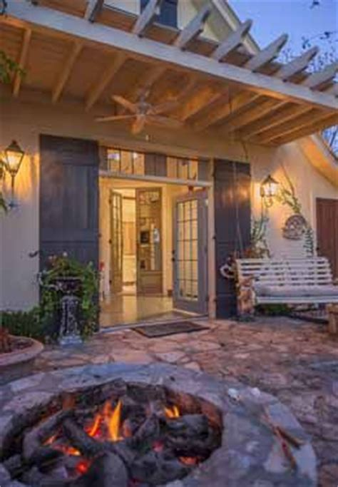 fredericksburg bed and breakfast fredericksburg texas bed and breakfast carriage house