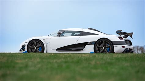 koenigsegg agera rs1 wallpaper koenigsegg bringing another 1 360 hp agera one to york