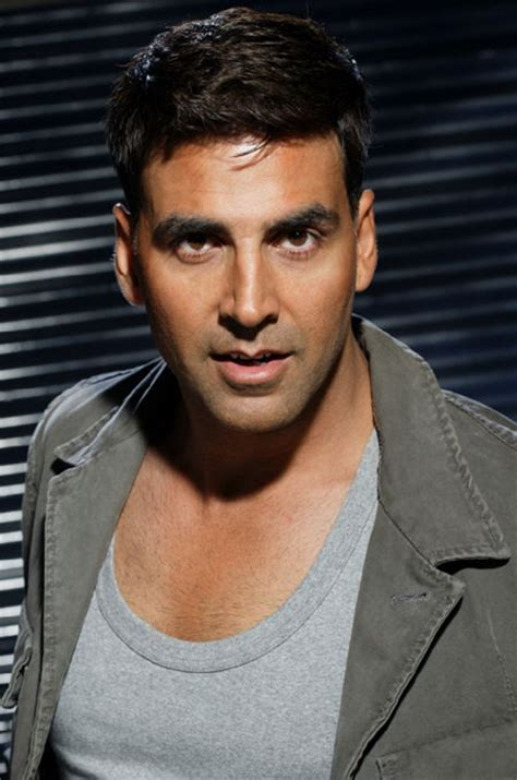 Akshay Kumar Age, Weight, Height, Measurements - Celebrity ...