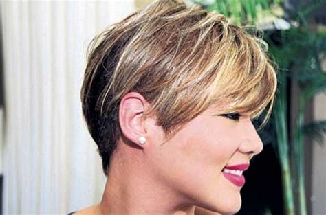 chin length pixie hairstyles 20 short pixie haircuts for black women short hairstyles