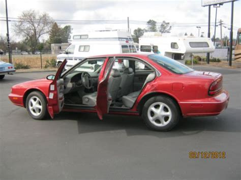how cars work for dummies 1997 oldsmobile lss instrument cluster 1997 oldsmobile lss information and photos momentcar