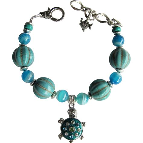 sea turtle charm bracelet with agate and magnesite