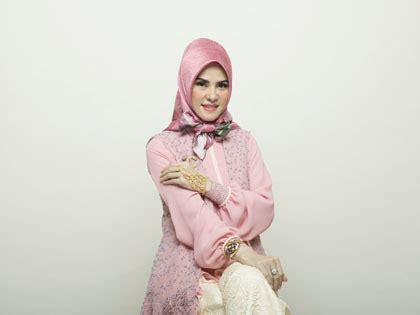 youtube tutorial jilbab angel lelga busana muslim trendy tutorial hijab berpita dengan scarf