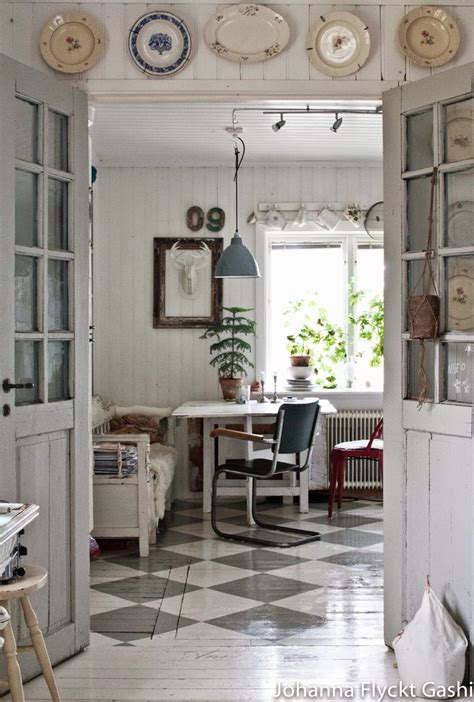 vintage home design inspiration 1000 ideas about antique white furniture on pinterest