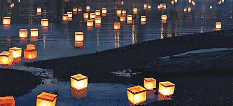 lanterne giapponesi volanti la notte delle lanterne a il post