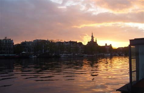 houseboat nederland woonboot overnachting amsterdam overnachten woonboot