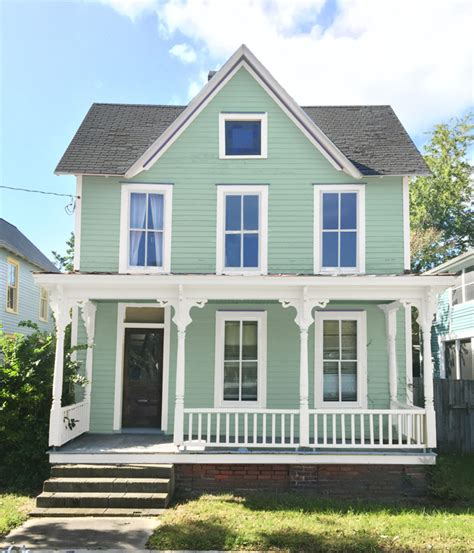exterior beach house colors how we picked our beach house color young house love