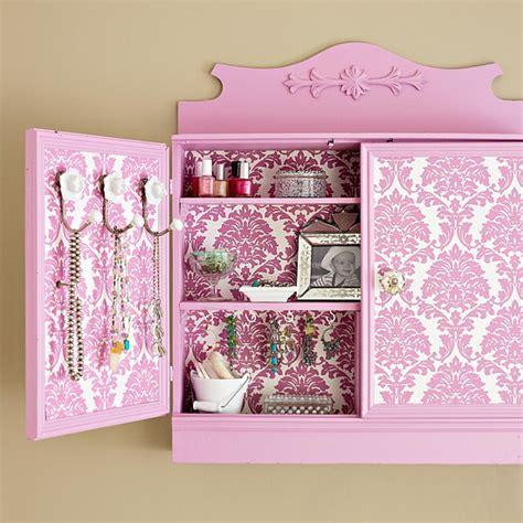 Wall Cabinet Diy by Ninjadiva Diy Wall Cabinet Makeover