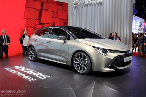 is the toyota auris grmn a corolla hatch waiting to