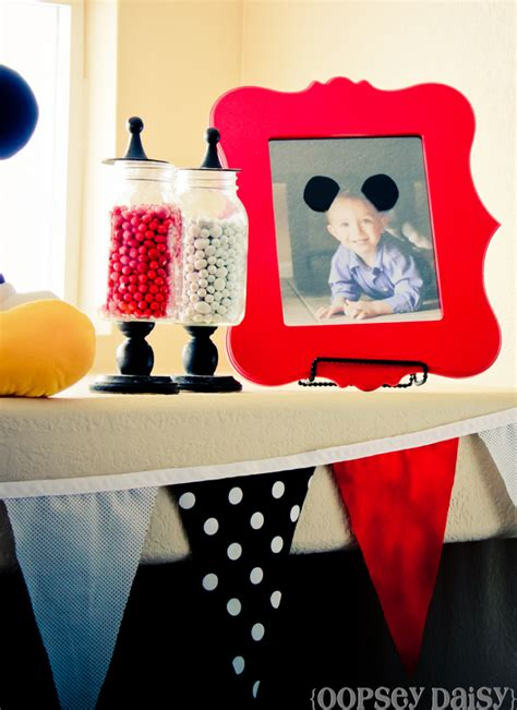 Mickey Mouse Birthday Decoration Ideas by Mickey Mouse Photo Booth Layout Invitations Ideas