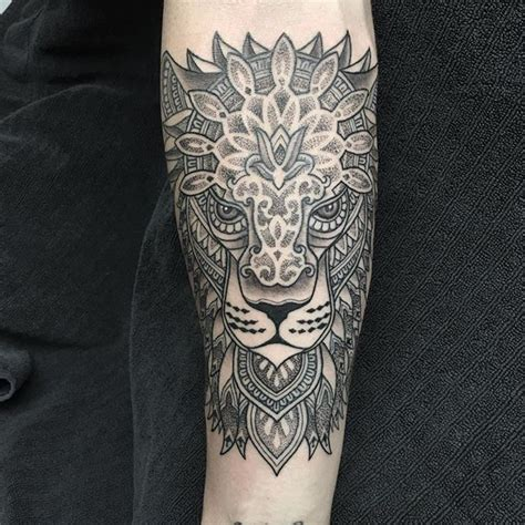 ornamental lion head lion liontattoo ornamental dots dotwork dotworker dotworkers