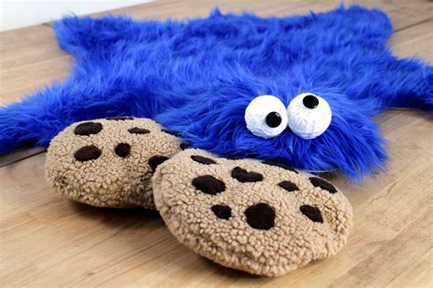 sesame rug cookie rug and cookie pillows that can be made in an hour