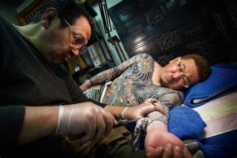 makna di balik 5 tatto populer di jepang akiba nation tato batik seni melukis tubuh 7 desain henna keren ini