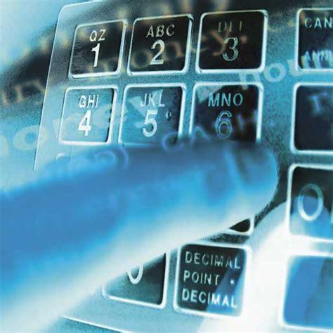 prelevare contanti in bancomat un malware usato per quot infettarli quot e prelevare