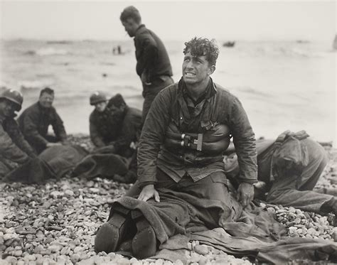 d day the battle for 067088703x d day rescue omaha beach normandy the art institute of chicago