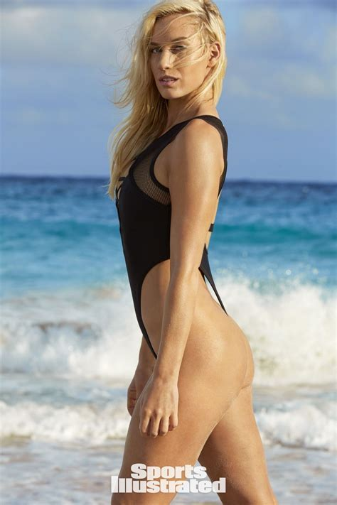sports illustrated swimsuit 2018 b076h76lxx paige spiranac sports illustrated swimsuit issue 2018 celebzz