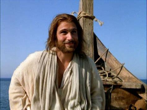 imagenes de jesus joven joven 161 entra siervas de maria