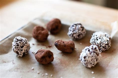 Handmade Chocolate Truffles Recipe - chocolate truffles food market
