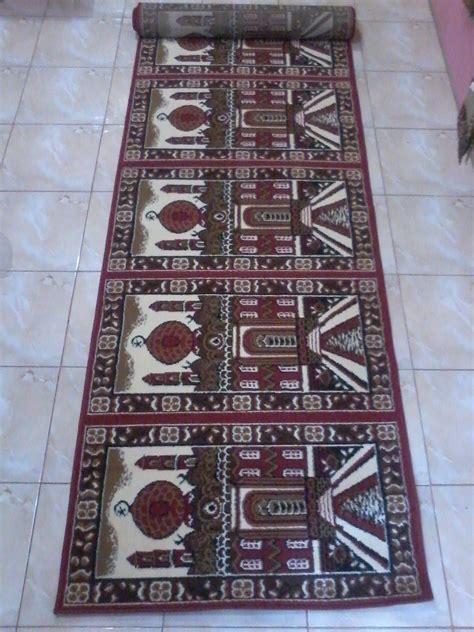 Karpet Untuk Laptop jual karpet masjid medeena roll 1 07x5 7mtr harga