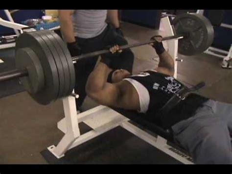 crush grip bench tyrus hughes curls 225 x 5 incling skull crush 215 x 5