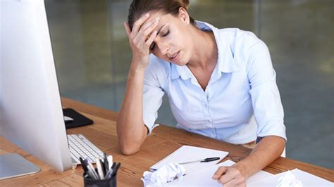 Migraines Allergies And Work by 6 Tips For Handling Migraines At Work Migraine