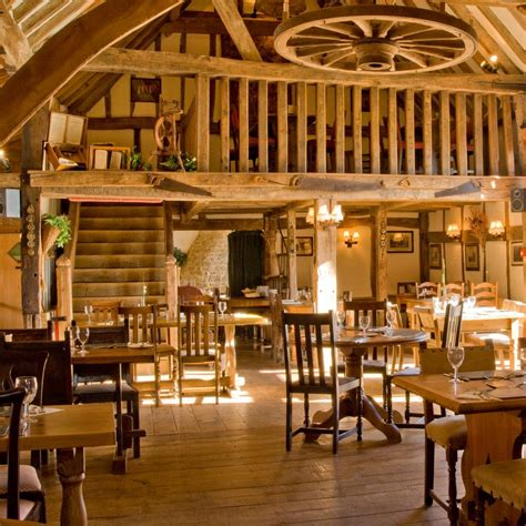 Restaurants In Barns Oak Barn Bar Resta Oakbarnbar