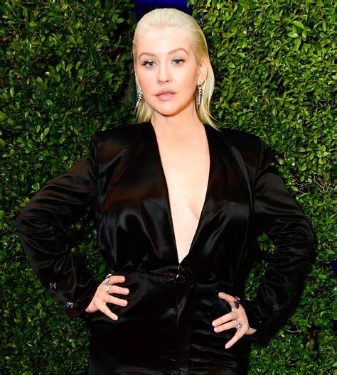 Style Aguilera Fabsugar Want Need by American Awards 2017 Aguilera S
