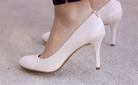 comfortable high heels for work practical how to wear heels to work without pain busy