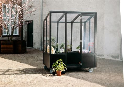 urban green house a mobile greenhouse for city dwellers living in a shoebox