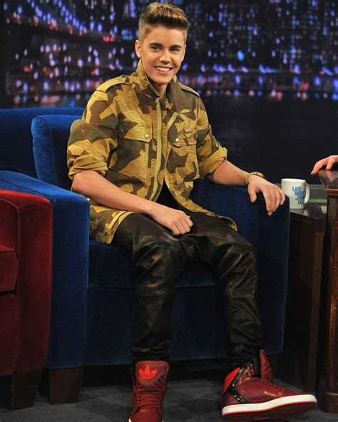 justin bieber one life mp3xd justin bieber loving life is he back together with