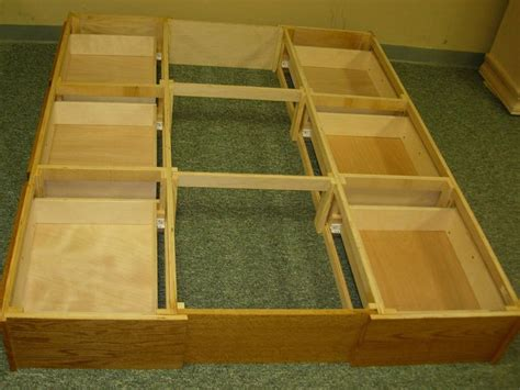 Bed With Drawers Underneath Plans by King Bed With Drawers Underneath Woodworking Projects