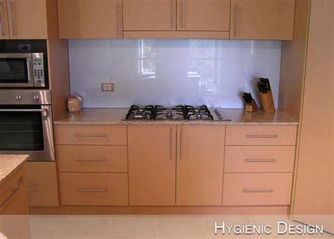 colored glass backsplash kitchen colored glass backsplash kitchen best free home