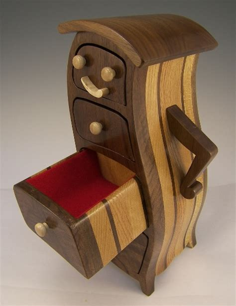 advanced woodworking projects 25 best ideas about bandsaw box on wooden