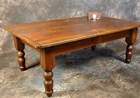 turned leg coffee table turned leg coffee table simple country furniture