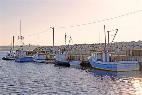 fishing boat killing lobster boat capsizes near nova scotia canada killing
