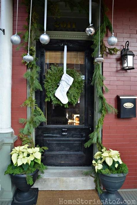 front porch christmas decor 40 cool diy decorating suggestions for christmas front
