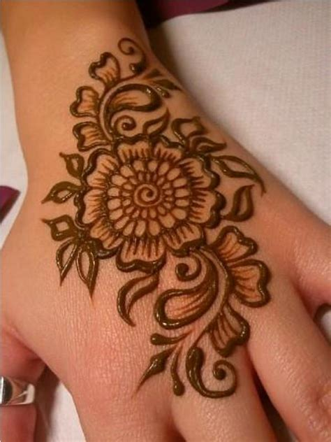 henna tattoo cute designs 25 stunning henna tattoos for collections